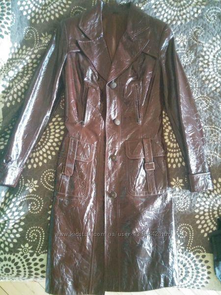 Кожаный утепленный  плащ, тренч, пальто S размер