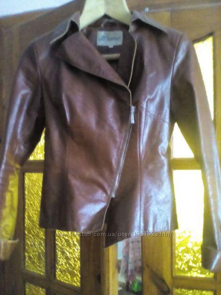 Натуральна шкіряна класна курточка, косуха, піджак
