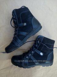 Кожаные демисезонные ботинки р. 39