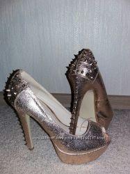 золотые туфли 39р