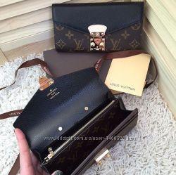 Кошелек кожаный Louis Vuitton