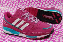 Женские кроссовки Adidas Адидас ZX900