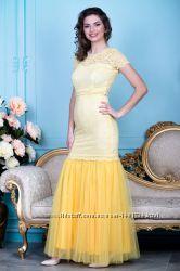Свадебное платье с юбкой из шифона и поясом расшитым жемчугом