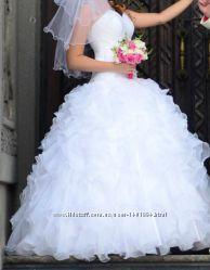 Красивое свадебное платье 44р.