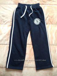 Штаны теплые спортивные известной фирмы Puledro. Размер 8-10 лет. Цена 165