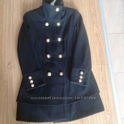Стильное пальто Guess