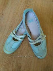 Женские туфли кроссовки Tigger кожаные размер