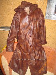 Утеплённое синтепоном пальто-нат. кожа, капюшон-пог50-60см