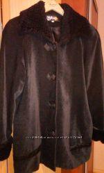 Пальто велюровое  р. 46-48