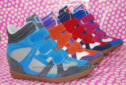 Женские кроссовки Snikers сникерсы в 4-х цветах