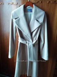 продам пальто женское в отличном состоянии