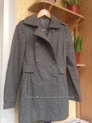 Стильное женское пальто Pull&Bear