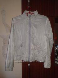 Куртка ветровка р. 44