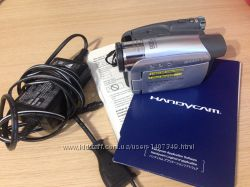 Продам Цифровая видеокамера Sony DCR-HC36E