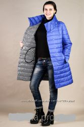 Весенняя женская куртка с необыкновенным воротником