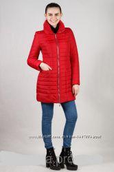 Демисезонная женская куртка с высоким воротником