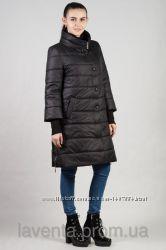 Приталенная весенняя женская куртка - полупальто