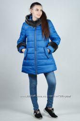 Зимняя молодежная женская куртка с мехом
