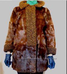 Пальто из пони для автоледи