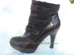 Ботинки женские 40 размер, очень красивые