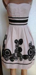 Платье WAREHOUSE UK8 с апликацией