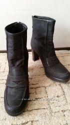 Ботинки Stuart Weitzman размер 37, 5 на 38, 5 стелька 255 Испания