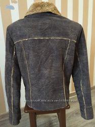 Коротенькая куртка-дубленка