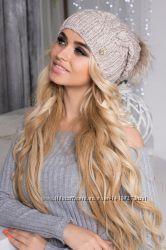 Женская шапка с помпоном из натурального меха. Опт и розница