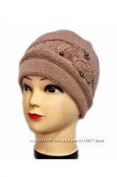 Теплые женские шапки. Разные цвета и модели.