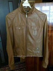 Недорого куртка демисезонная