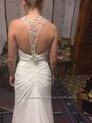 Эксклюзивное свадебное платье со шлейфом