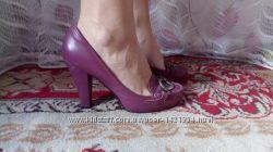 Кожані туфлі