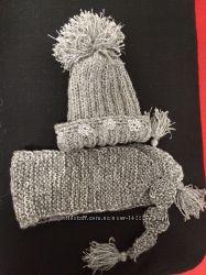 Комплект шапка, шарф. Ручная вязка, ручная вышивка