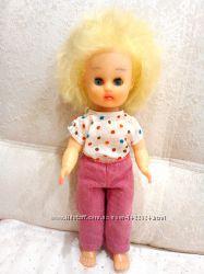 Симпатичная кукла СССР в фабричной одежде