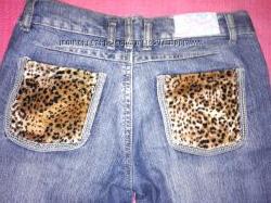Молодежные джинсы с леопардовыми карманами