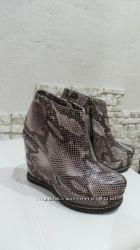 новые кожаные зимние ботильоны