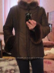Шикарная курточка. Размер 46