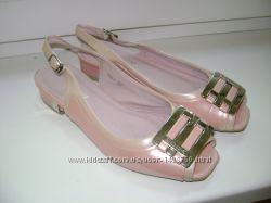 Босоножки, нежно-розового с перламутром цвета. Размер 36