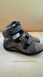 кожаные ботиночки    ECCO р 30, состояние отличное
