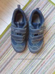 Классные  темно синие кроссовки   SUPERFIT р 35