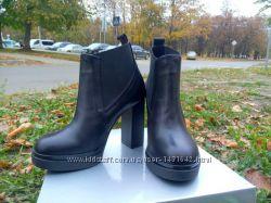 Класические, модные ботинки