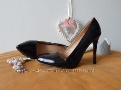 Черные лакированные туфли квадратный вырез, красная подошва