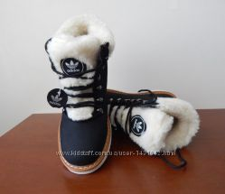 Кожаные зимние ботинки на шнуровке, внутри овчина