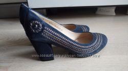 Замшевые туфли It Girl