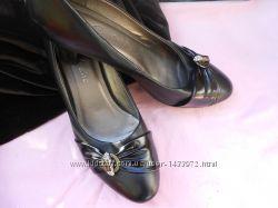 Милые туфли на маленьком каблучке