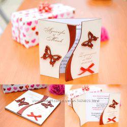 Свадебное приглашение из дерева двухстворчатое Бабочки