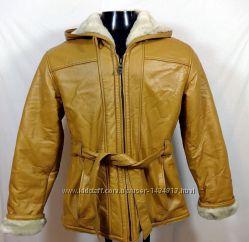 Оригинальная кожаная куртка на меху размер 44-46