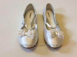 Продам детские нарядные туфли Barratts 21, 5 см