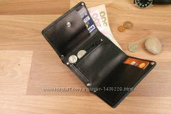 Кожаное компактное портмоне с монетницей