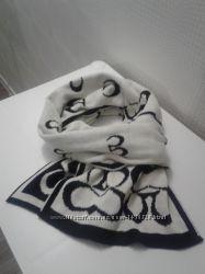 Двухсторонний тёплый шарф с орнаментом без дефектов